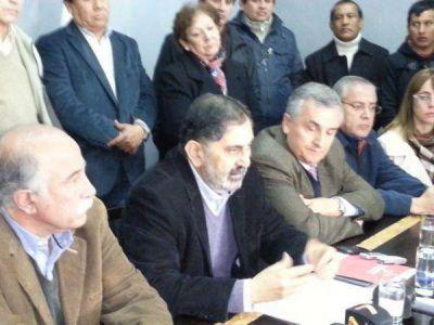 Paro – Respaldo al intendente Jorge frente al conflicto con el SEOM