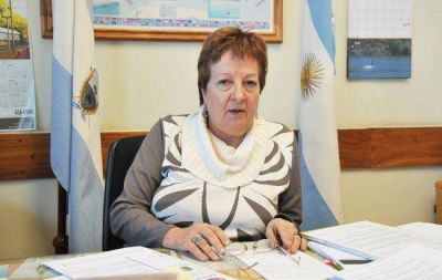 """Compras con tarjeta: """"el recargo del 10% no corresponde"""", advirtió Medina"""