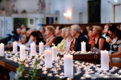 Los reyes de Holanda recibieron los cuerpos de las víctimas del avión malasio