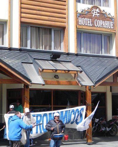 UTHGRA Bariloche profundiza las medidas de fuerza y convoca a un paro para este sábado