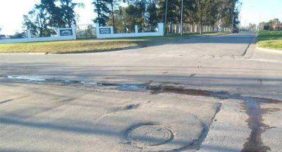 Arreglan cloacas en Isturiz y Estrada
