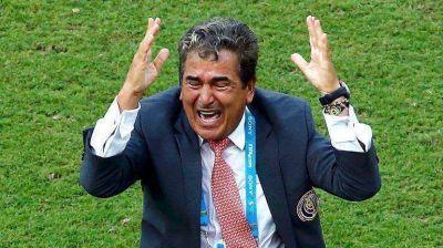 Jorge Luis Pinto se desvinculó de la selección de Costa Rica