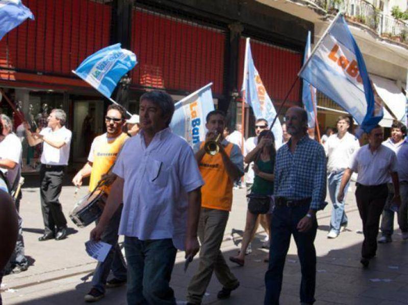 La Bancaria celebró la reincorporación de los empleados tucumanos