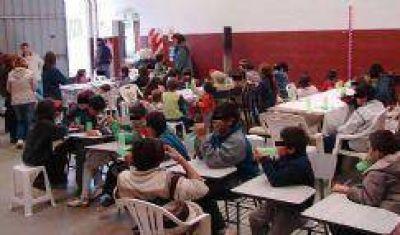 A un mes de su apertura, ya asisten 38 niños a un comedor