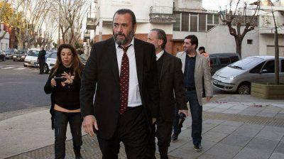 Integrantes del jury en contra del fiscal Campagnoli analizan cuándo continuar con el debate