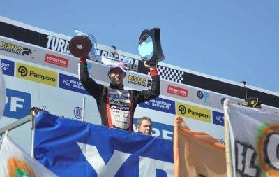 Rossi ganó de punta a punta el Turismo Carretera en Córdoba