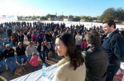 Los candidatos del Frente Cívico siguen recorriendo los barrios de La Banda