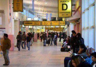Eval�an municipalizar la terminal de �mnibus