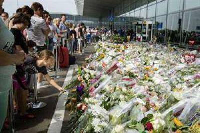 Fuertes combates impiden acceder al sitio donde cayó el vuelo MH17