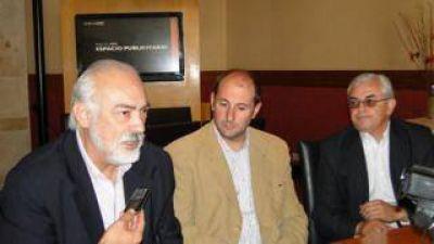 UCR: Las minorías mantienen cautela a la hora de hablar de aliados nacionales