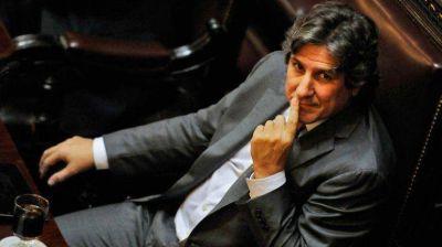 Sin actividad oficial y en silencio, Boudou cumplió su segundo día al frente del Ejecutivo