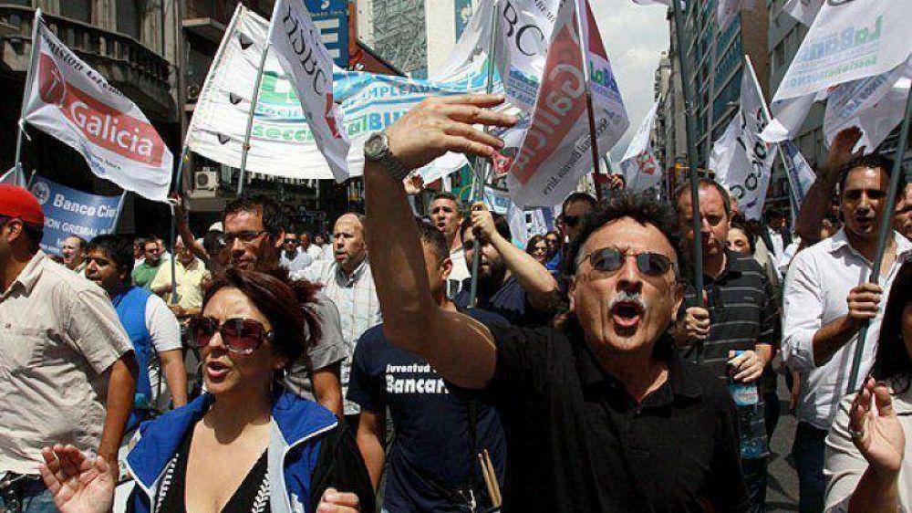 Bancarios convocaron a un paro nacional para el 7 de agosto