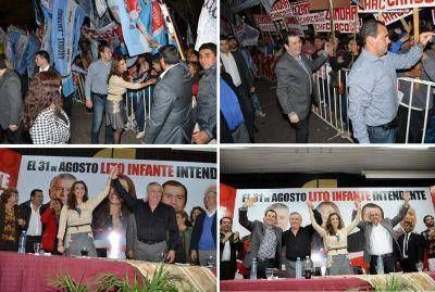 Elecciones Municipales: Hugo Infante lanzó su candidatura en multitudinario acto
