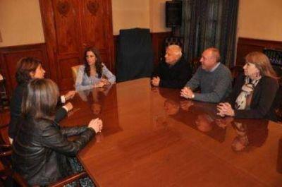 La Gobernadora Claudia de Zamora recibi� a miembros del Consejo Regional Norte Cultura