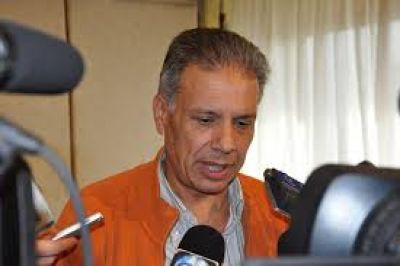 Megaestadio: Varela y Mohedano deben responder un informe por escrito a la FIA