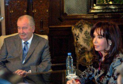Grondona y los Kirchner: una relación amistosa por los millones