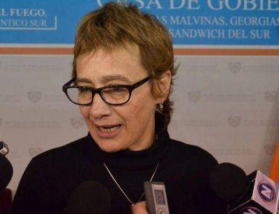 Ríos decretó suspender los aumentos salariales para funcionarios del gabinete provincial