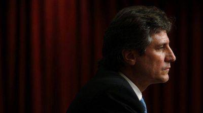 Dos de cada tres argentinos piensan que Amado Boudou debe apartarse de su cargo
