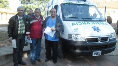 Entregaron moderna ambulancia al hospital