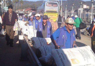 Una protesta de bagayeros en Salvador Mazza complica el paso a Bolivia