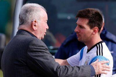 Lionel Messi y Joseph Blatter despidieron a Julio Grondona en el predio de Ezeiza
