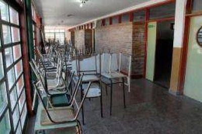 Gremio de docentes porteños anunció cese de tareas para el lunes