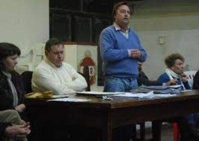 UCR: Cuestionan la conducción partidaria y convocan a las minorías
