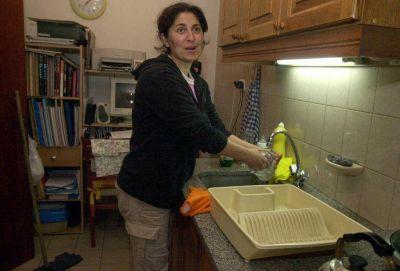 En Mendoza piden suba del 60% para empleo doméstico