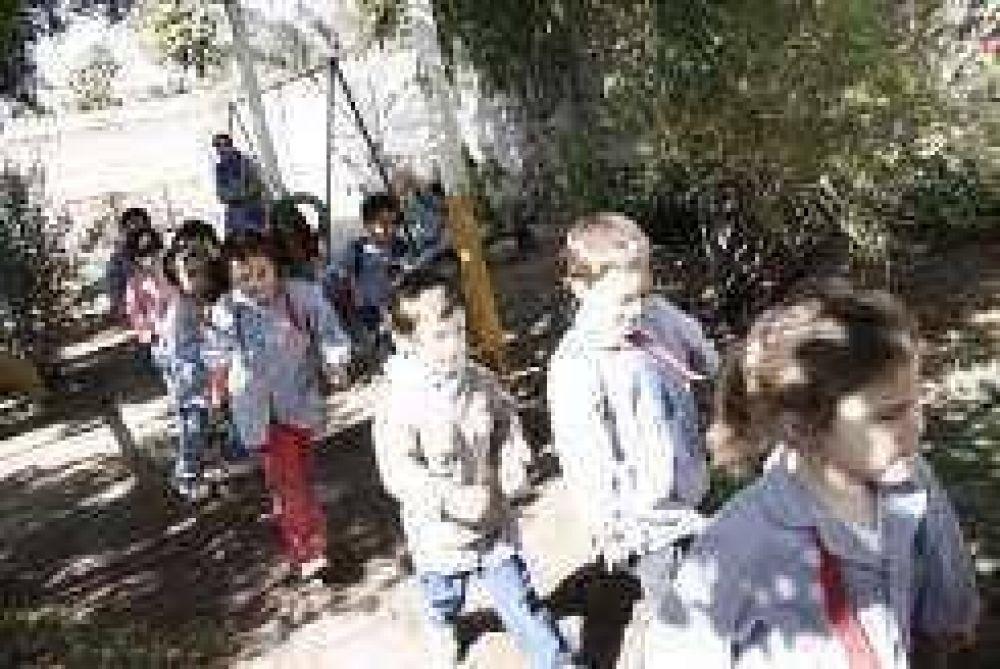 Gripe A: Santa Lucía suspende las clases de unos 1.200 niños