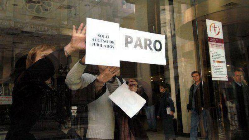 Los bancarios ratificaron el paro general para este jueves en todo el país