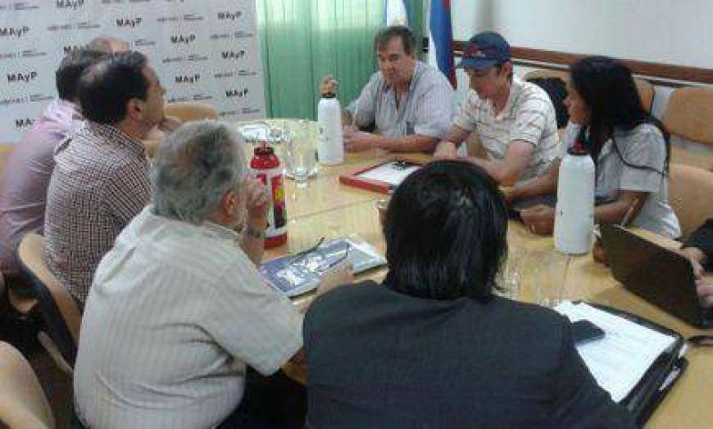 Acopiadoras de tabaco dieron fechas de pago a productores