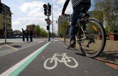 Lamarca promueve seguridad vial para ciclistas
