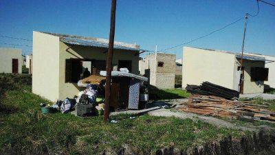 Comenzó la mudanza de familias hacia módulos habitacionales en el barrio 7 de Mayo