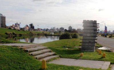 Comenzó la reparación del Puente Peatonal en Punta Mogotes