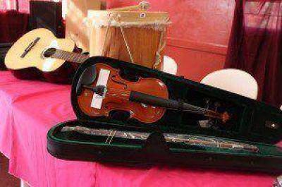 Inauguraron dos centros de educación musical en Eldorado