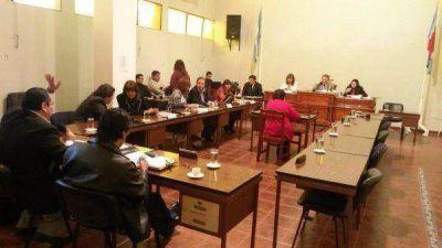 Ediles bandeños convocaron a profesionales cesanteados de la Municipalidad de La Banda