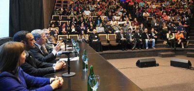 Poggi: �El plan 20/30 facilit� el acceso al conocimiento a miles de j�venes sanluise�os�