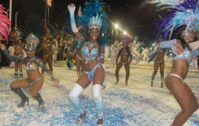 El Gobierno reasignó $80 M destinados a refaccionar escuelas para financiar el Carnaval de Río