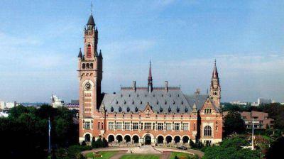 Advierten que recurrir al tribunal de La Haya por los holdouts es una