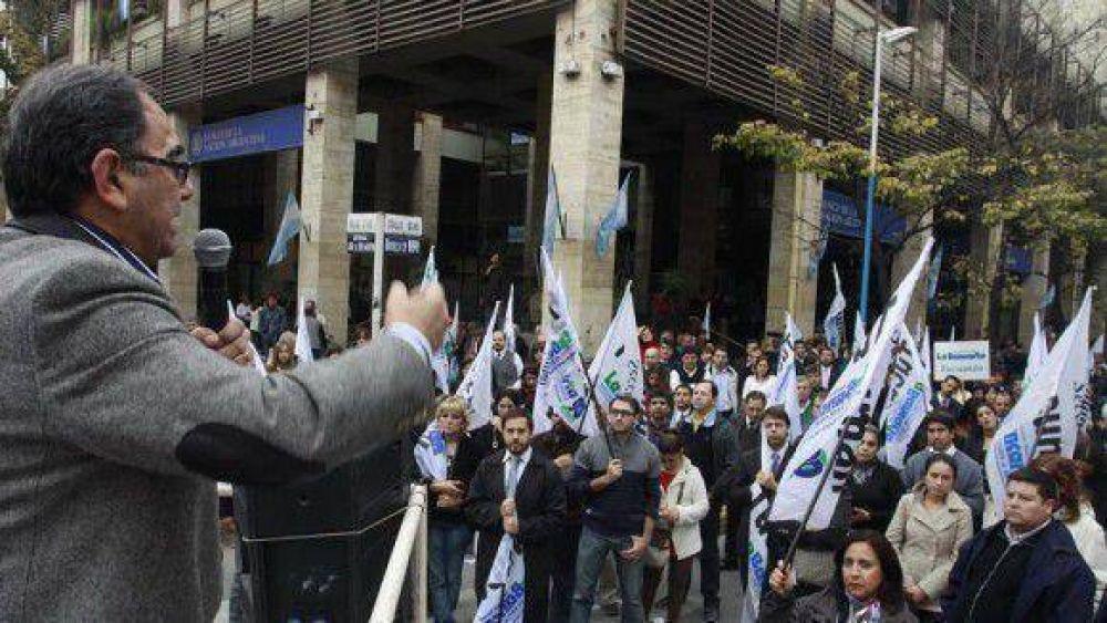 Ruidosa movilización bancaria en Tucumán