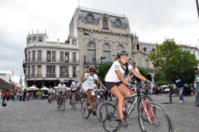 Planifican normativas para controlar la circulación de ciclistas
