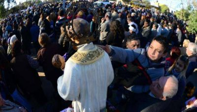 San Cayetano recibió más agradecimientos que pedidos