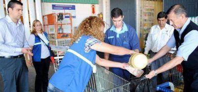 En el Carrefour de Corrientes tenían carne, pollo y lacteos TODOS PODRIDOS