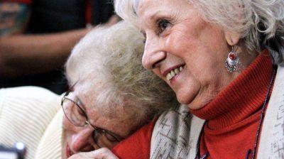 El emotivo contacto radial entre las abuelas de Guido