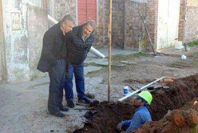 Omar Pacini supervisó los programas que el Municipio lleva adelante en barrio Kennedy