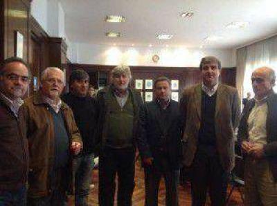 Precios Cuidados: 10 comerciantes de Areco firmaron su adhesión a Com.Pr.Ar