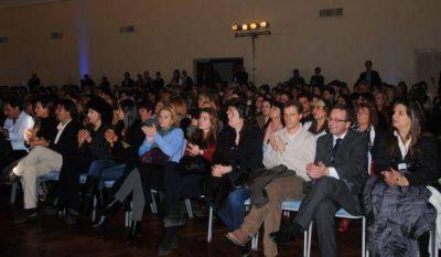 """Facundo Manes disertó sobre el """"Valor de la Creatividad"""" ante más de 700 personas"""