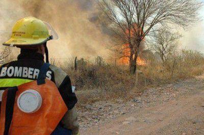 Bomberos controló incendio en Santa María de Punilla