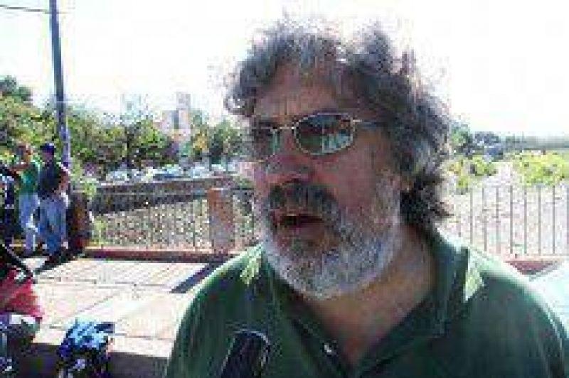 Seg�n Acosta: la respuesta del gobierno de Fellner al conflicto es lamentable y vergonzosa