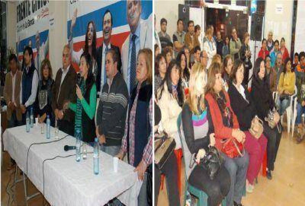 Los candidatos del Frente Civico en La Banda mantuvieron una intensa agenda en distintos puntos de la ciudad